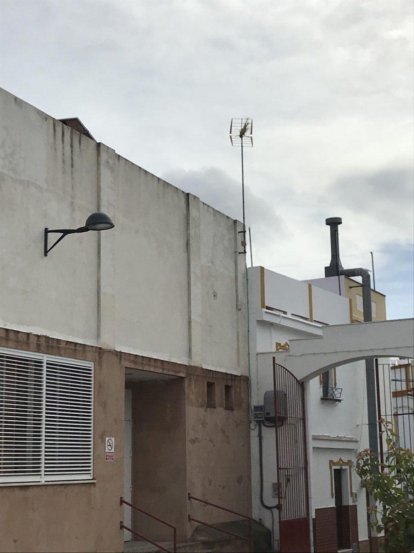 AionSur Arache-luz-Arahal Se implanta en el CEPER El Arache un sistema fotovoltaico con apoyo de red eléctrica Arahal