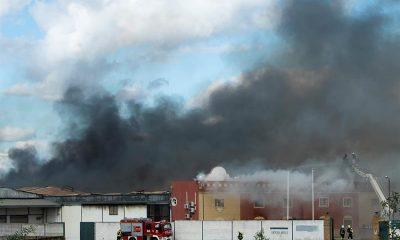 AionSur alcala-nave-400x240 El incendio en un polígono de Alcalá arrasó 10.000 metros cuadrados de tres naves Sucesos