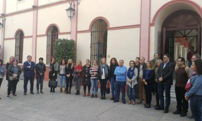 AionSur alcala_minuto-400x240 Minuto de silencio en Alcalá de Guadaíra en memoria de la mujer asesinada Sucesos