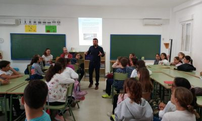 """AionSur: Noticias de Sevilla, sus Comarcas y Andalucía alcante-escuela-400x240 """"Al cante en la escuela"""", una oportunidad para enseñar flamenco en Mairena del Alcor Mairena del Alcor"""