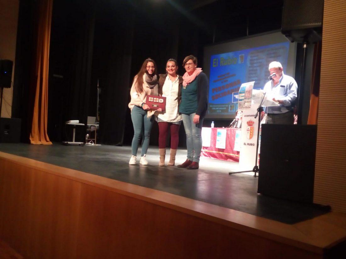 """AionSur alzhei-Arahal-premio Premiadas en El Rubio las voluntarias de Alzhei-Arahal por su """"maravillosa"""" labor Sociedad Voluntariado  destacado"""