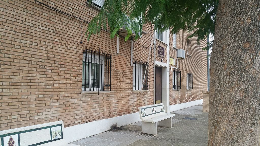 AionSur cuartel-Arahal-guardia-civil Orden de alejamiento para el hombre que tiene atemorizada a una pareja de ancianos de Arahal Sucesos  destacado
