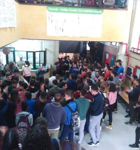 """AionSur iesalandalus-Arahal-560x600 El alumnado del IES Al-Ándalus recorrerá """"Kilómetros de Solidaridad"""" para ayudar a la infancia Educación  destacado"""