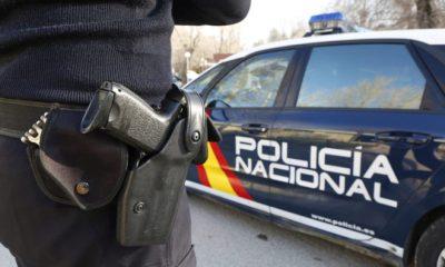 AionSur policianacional-400x240 Detenido un hombre de 73 años tras más de medio siglo maltratando a su mujer Sevilla Sucesos destacado