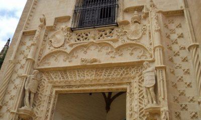 AionSur puerta-Marchena-Real-Alcazar-Sevilla-400x240 El Ayuntamiento proyecta construir una copia de la puerta de Marchena que está en los Reales Alcázares Marchena  destacado