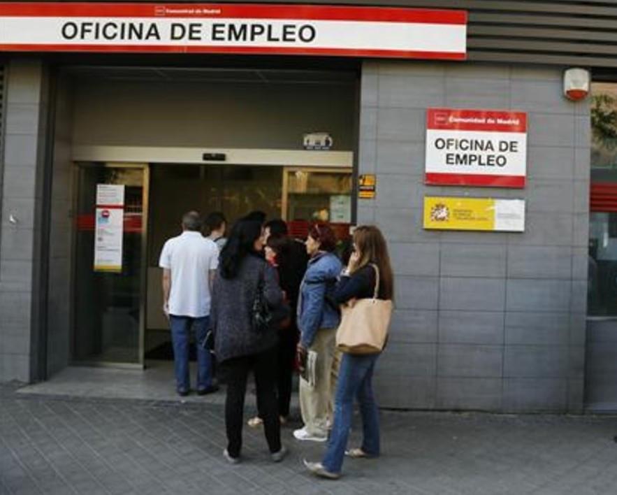 AionSur Inem El paro bajó en noviembre en 4.379 personas en Andalucía Sociedad