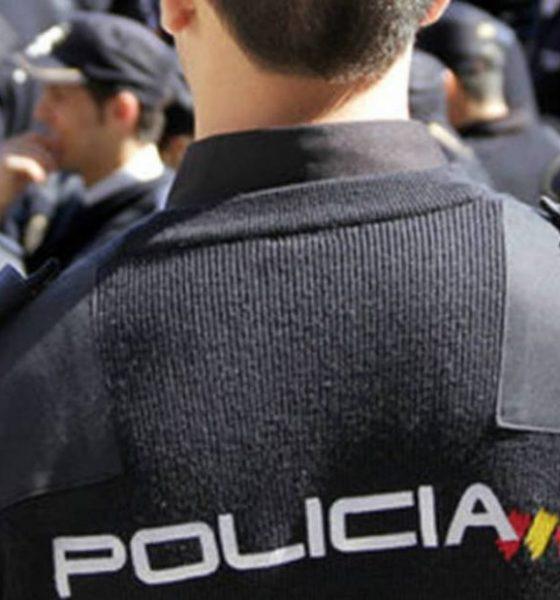 AionSur Policia-Nacional-560x600 Cuatro detenidos, uno menor, tras el robo con alunizaje a una juguetería en Dos Hermanas Dos Hermanas Sucesos