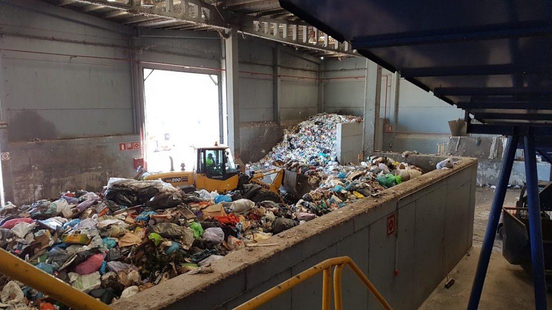 AionSur Basura Encuentran el cadáver de una persona en una planta de reciclaje de basura en Alcalá Alcalá de Guadaíra Sucesos