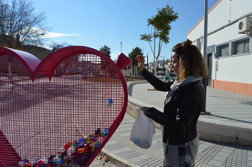 AionSur CorazonPedrera Pedrera activa corazones solidarios para recoger tapones en el pueblo Sociedad
