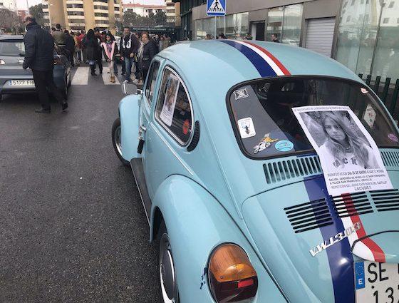 AionSur MartaCaravana4-copia-560x425 Una caravana de coches antiguos pide la repetición del juicio por la muerte de Marta del Castillo Sevilla Sociedad  destacado