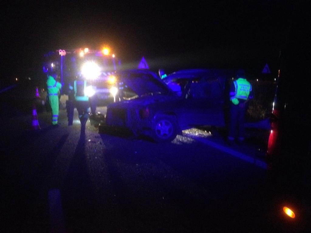 AionSur accidente-A92-Arahal Aparatoso accidente en la A92 a su paso por Arahal, sin heridos Sucesos