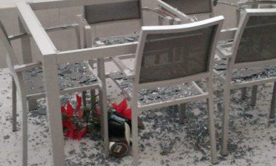 AionSur acto-vandálico-Arahal-400x240 Nuevo acto vandálico: Tiran piedras al patio de una vivienda de la calle Tapiz en Arahal