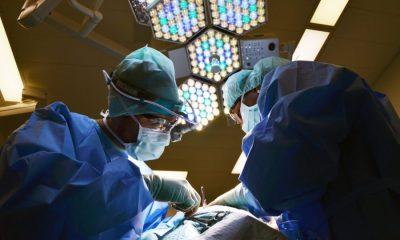 AionSur doctor-650534-400x240 Especialistas del hospital Santa Isabel intervienen a un paciente de más de 195 kilos Salud