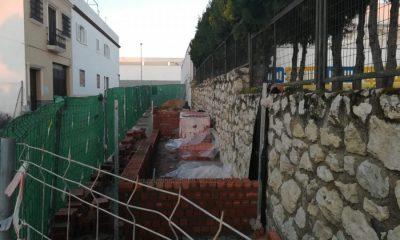 AionSur entrada-obra-SanRoque-Arahal-400x240 Comienzan las obras para mejorar la entrada de Infantil del colegio San Roque, de Arahal Arahal