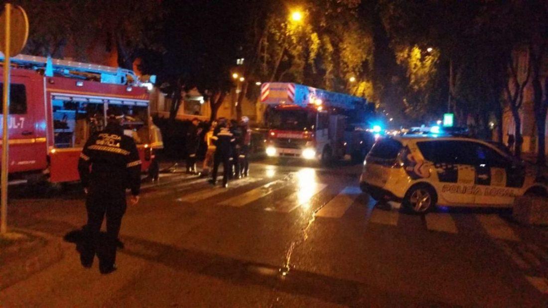 AionSur incendio Tres afectados por un incendio en Sevilla Este, dos de ellos policías Sucesos