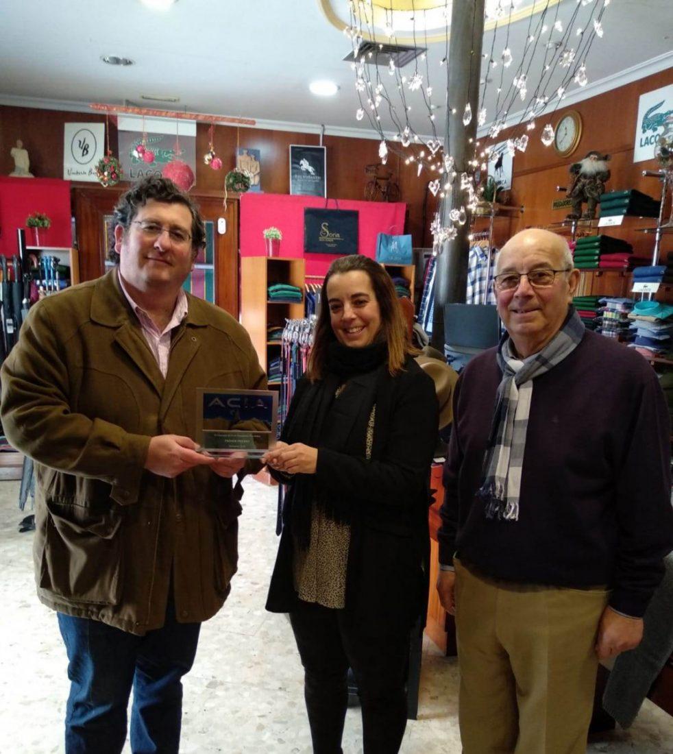 AionSur modas-soria-Arahal-1 Soria Moda Hombre gana el concurso de escaparates de Navidad de ACIA