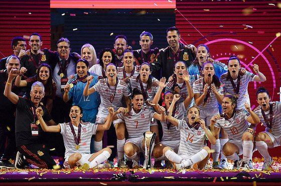 "AionSur 47080218062_f5c482e590_z-560x372 Amparo Jiménez: ""Se ha cumplido un sueño"" Deportes Fútbol Sala  destacado"