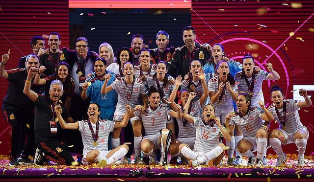 "AionSur 47080218062_f5c482e590_z Amparo Jiménez: ""Se ha cumplido un sueño"" Deportes Fútbol Sala  destacado"