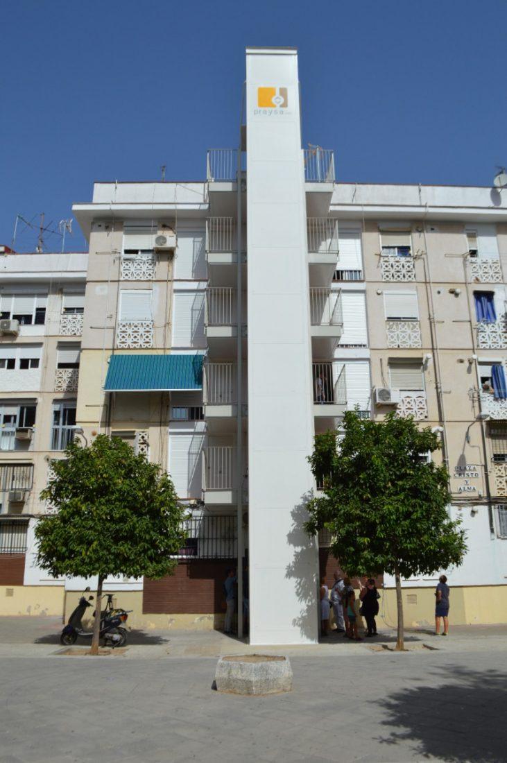 AionSur Ascensor En marcha la nueva normativa que obliga a las comunidades de vecinos a tener ascensor Andalucía Sociedad
