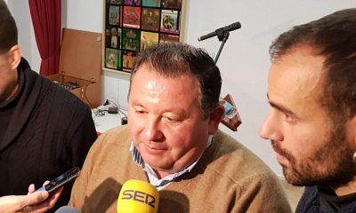 AionSur alcalde-LaRoda-400x240 IU de La Roda desmiente que el alcalde cobre 3.500 euros al mes La Roda de Andalucía Política