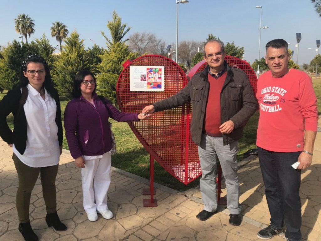 AionSur corazon-Arahal-solidario-1024x768 Un corazón rojo y solidario para ayudar a Ángela Arahal Sociedad