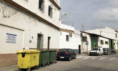 AionSur huecos-contenedores-basura-400x240 Comienzan las obras de instalación de 20 contenedores soterrados en 7 ubicaciones de Arahal Arahal  destacado