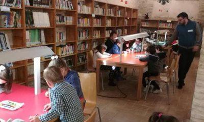 AionSur Biblioteca-400x240 'Qué me estás contando', la lucha por la igualdad en Marchena a través de cuentos Marchena Sociedad