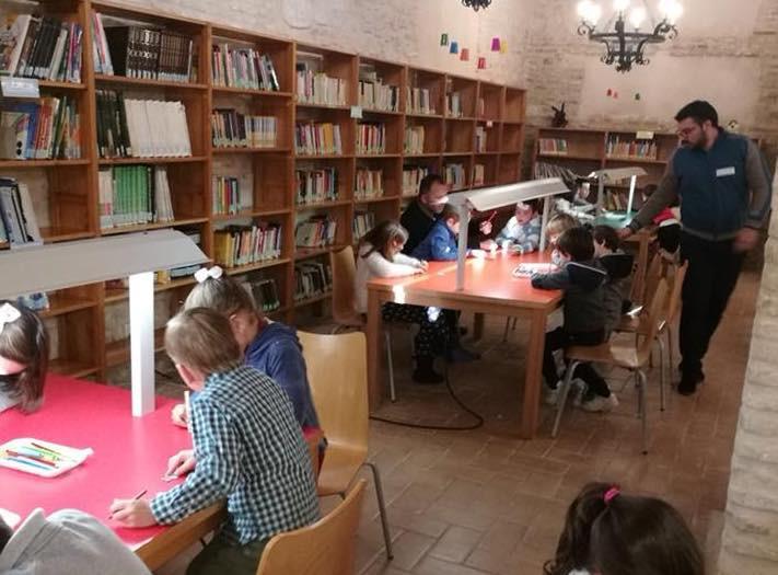 AionSur Biblioteca 'Qué me estás contando', la lucha por la igualdad en Marchena a través de cuentos Marchena Sociedad