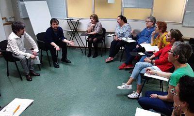AionSur Escritora-oncologia-400x240 La poesía que es buena para todo Salud Sevilla Sociedad