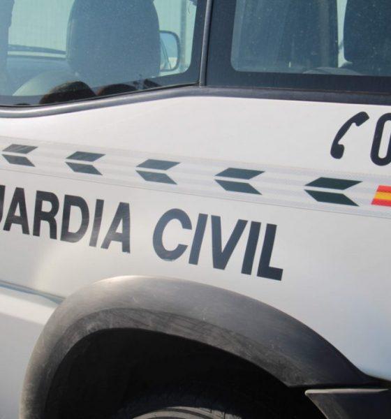 AionSur Guardia-Civil-Lora-560x600 Investigadas 18 personas por la ocupación y construcción irregular de naves de uso agrícola o industrial en Isla Mayor Sociedad Sucesos