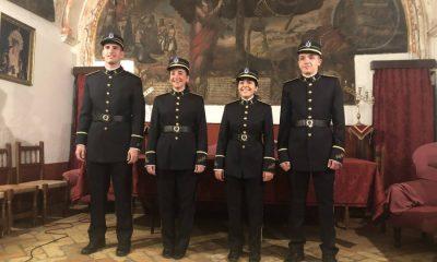 AionSur IMG_1396-compressor-400x240 Victoria Arahal estrena su cuarto uniforme en la historia de la banda Semana Santa  destacado