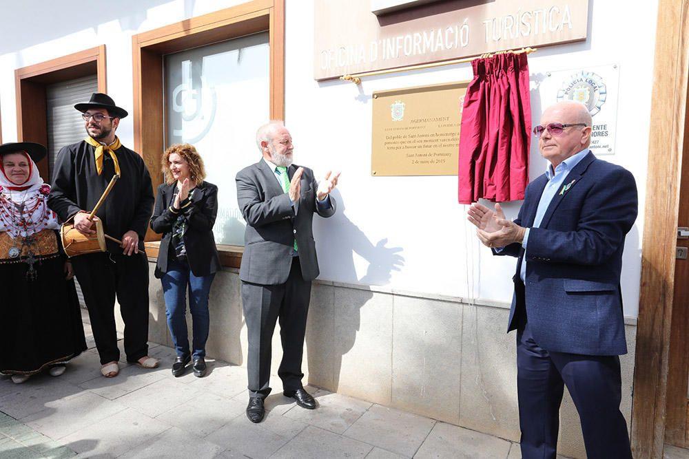 AionSur LaPuebladeCazalla-hermanamiento-Ibiza La Puebla de Cazalla se hermana oficialmente con la localidad ibicenca Sant Antoni de Portmany La Puebla de Cazalla