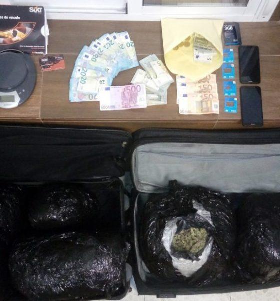 AionSur MARIHUANA-INTERVENIDA-560x600 Detenido en Guillena cuando transportaba 12 kilos de cogollos de marihuana Guillena Sucesos
