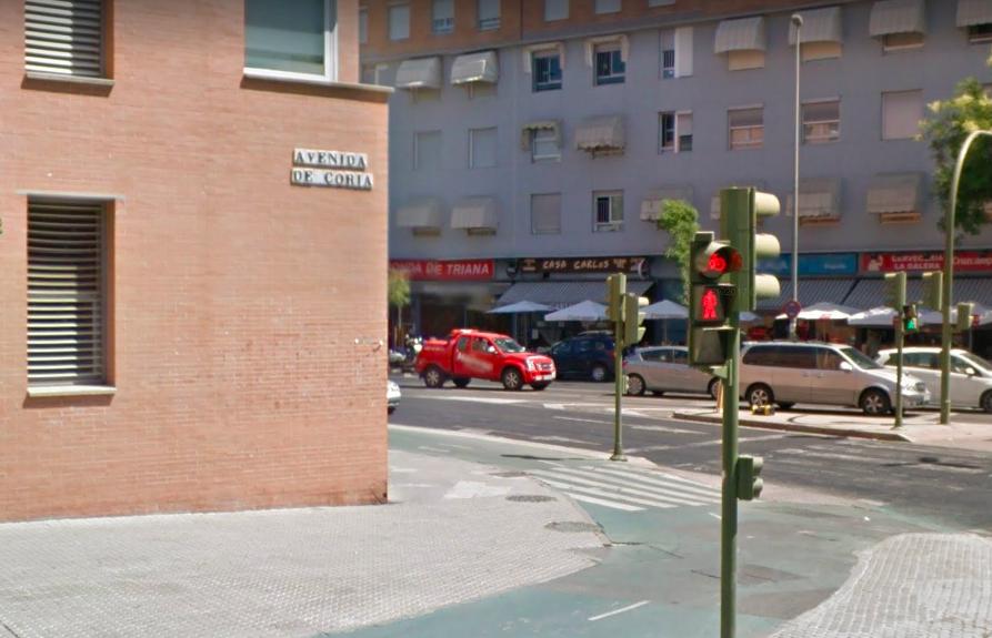 AionSur Triana-Avenida Muere un obrero al caer desde una segunda planta en Sevilla Sevilla Sucesos
