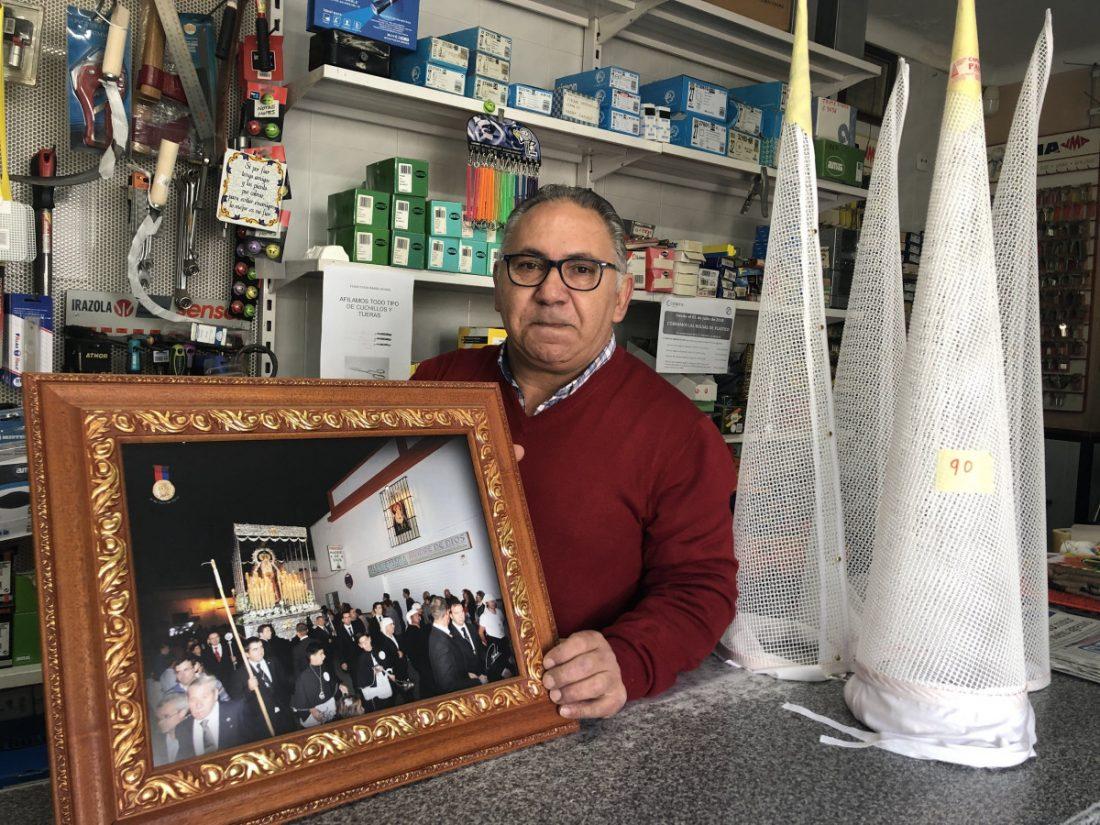 AionSur capirotes-malla-marchena El marchenero que llena España de capirotes patentados Marchena Semana Santa  destacado