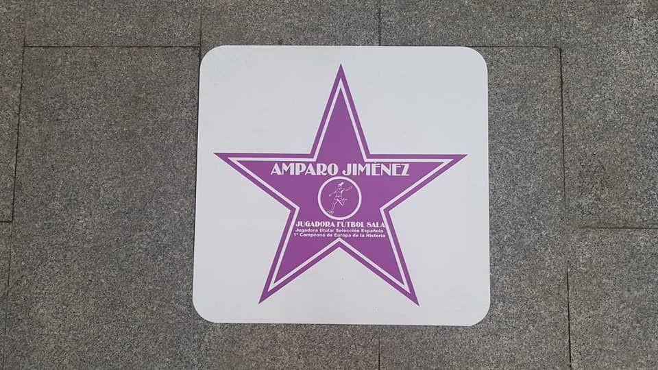 AionSur estrellas-paseo-mujer-Arahal El Paseo de la Mujer de Arahal, 20 estrellas reivindicativas en malva con nombre femenino Arahal destacado