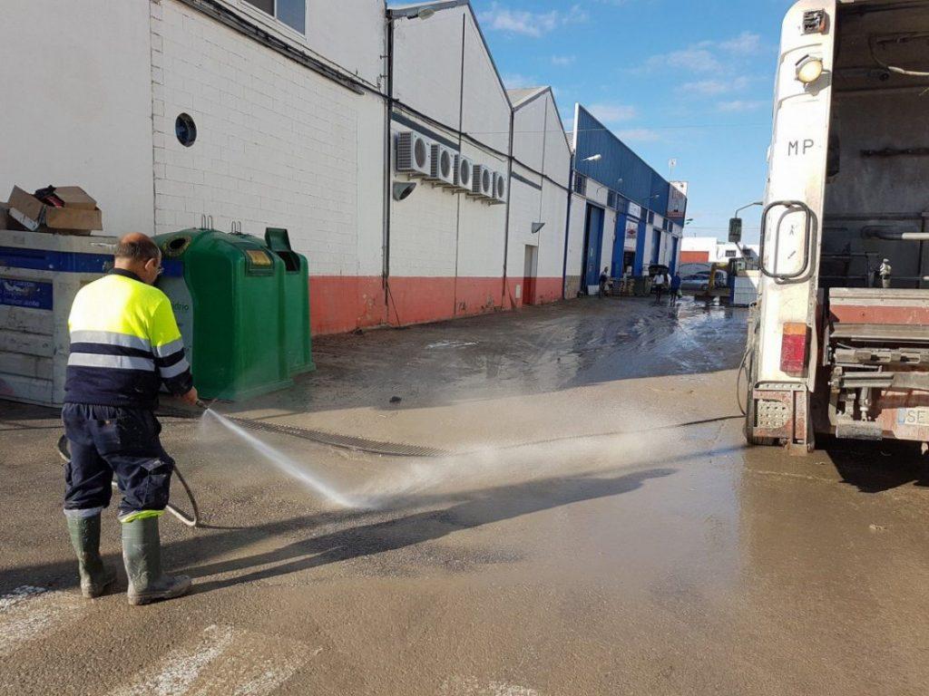 AionSur inundaciones-Arahal-1024x768 Comienzan las obras para terminar con las inundaciones en la zona comercial de Arahal Arahal  destacado