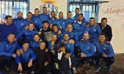 AionSur 47510578412_3d004e6517_z-400x240 Los veteranos del Arahal, campeones de Liga siete años después Deportes Fútbol