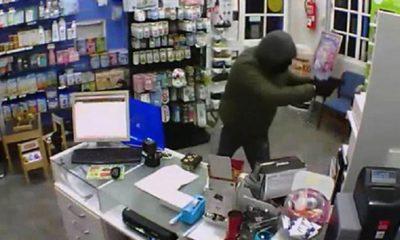 AionSur ATRACO-EN-FARMACIA-BRENES-400x240 Detenido por robar en una farmacia y amenazar con una pistola a sus empleados Sucesos
