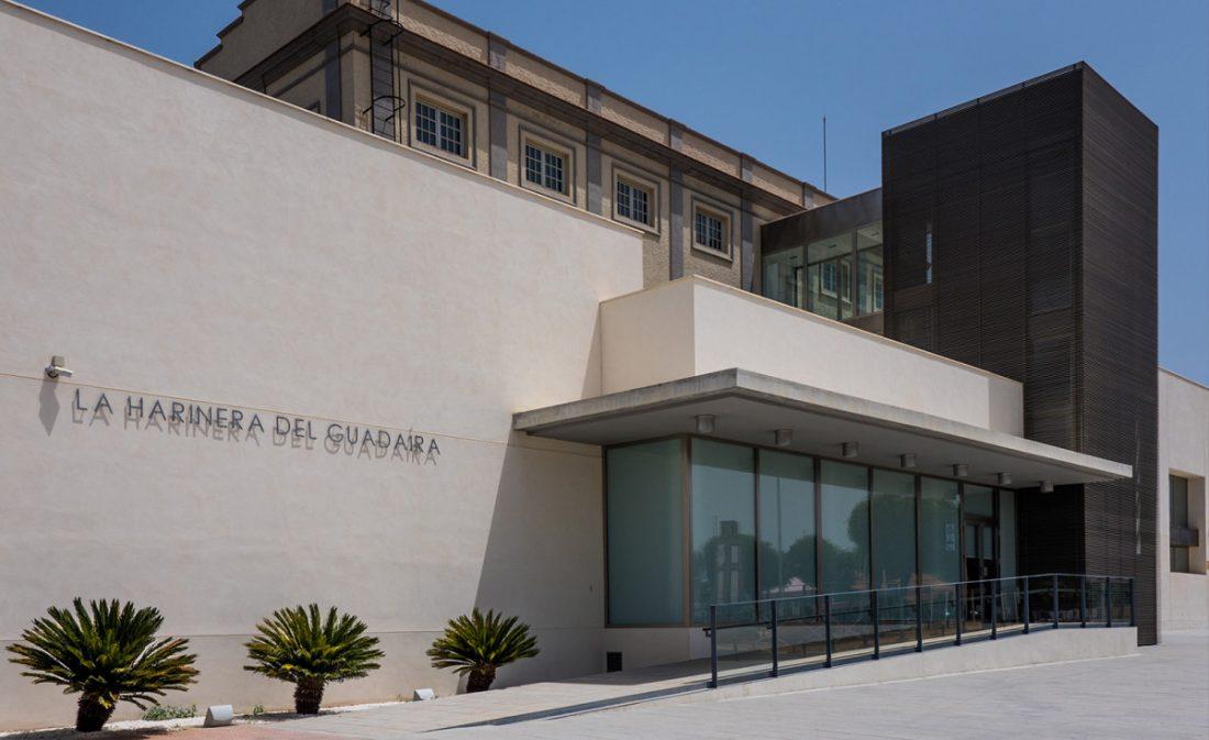 AionSur: Noticias de Sevilla, sus Comarcas y Andalucía Fachada-Harinera Alcalá de Guadaíra acoge a los jueces que buscan el mejor pan de Andalucía Alcalá de Guadaíra Economía