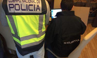 AionSur Policia-Nacional-400x240 Detenido en Dos Hermanas un traficante de armas de un grupo desarticulado en 2018 Dos Hermanas Sucesos