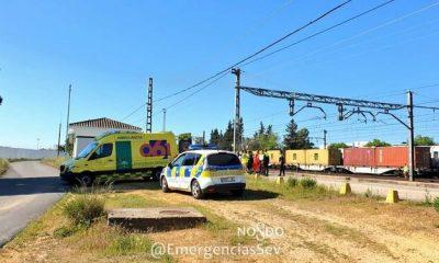 AionSur Policia-lugar-accidente_1346275855_98236104_667x375-400x240 Un trabajador de servicios ferroviarios de Sevilla sufre la amputación de un pie Sevilla Sucesos  destacado