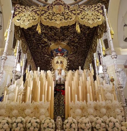 AionSur Virgen-Baratilo La Hermandad del Baratillo coloca a la virgen el fajín de Franco a pesar de la investigación de un juez Semana Santa Sevilla  destacado
