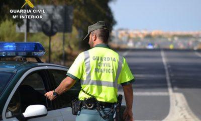AionSur Guardia-Civil-400x240 Inmovilizado un autocar que hacía la ruta Sevilla-Lisboa por el positivo en cocaína del chófer Huelva Sevilla Sucesos