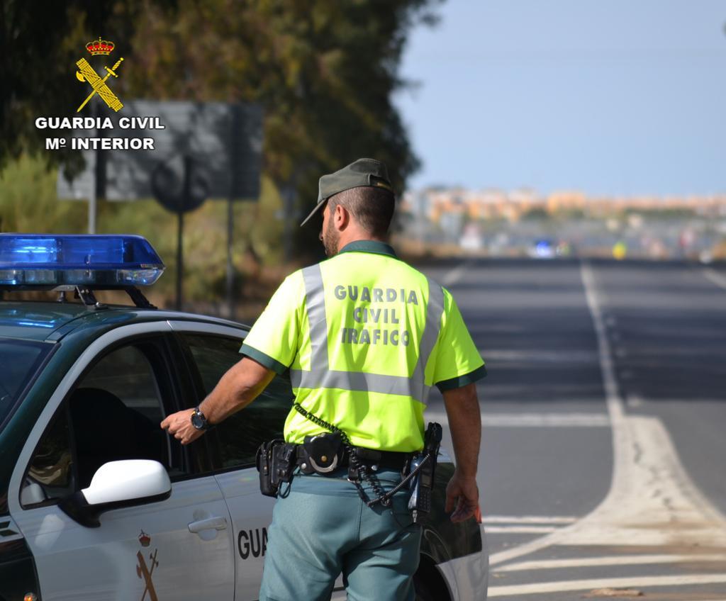 AionSur Guardia-Civil Inmovilizado un autocar que hacía la ruta Sevilla-Lisboa por el positivo en cocaína del chófer Huelva Sevilla Sucesos