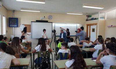 AionSur IESLaCampiña-Arahal-400x240 Vuelven a plantear movilizaciones las familias del alumnado sin plaza en el instituto La Campiña Educación  destacado