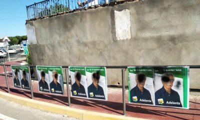 AionSur IU-Espartinas-400x240 Atentan contra los carteles de Izquierda Unida en Espartinas Provincia Sociedad Sucesos
