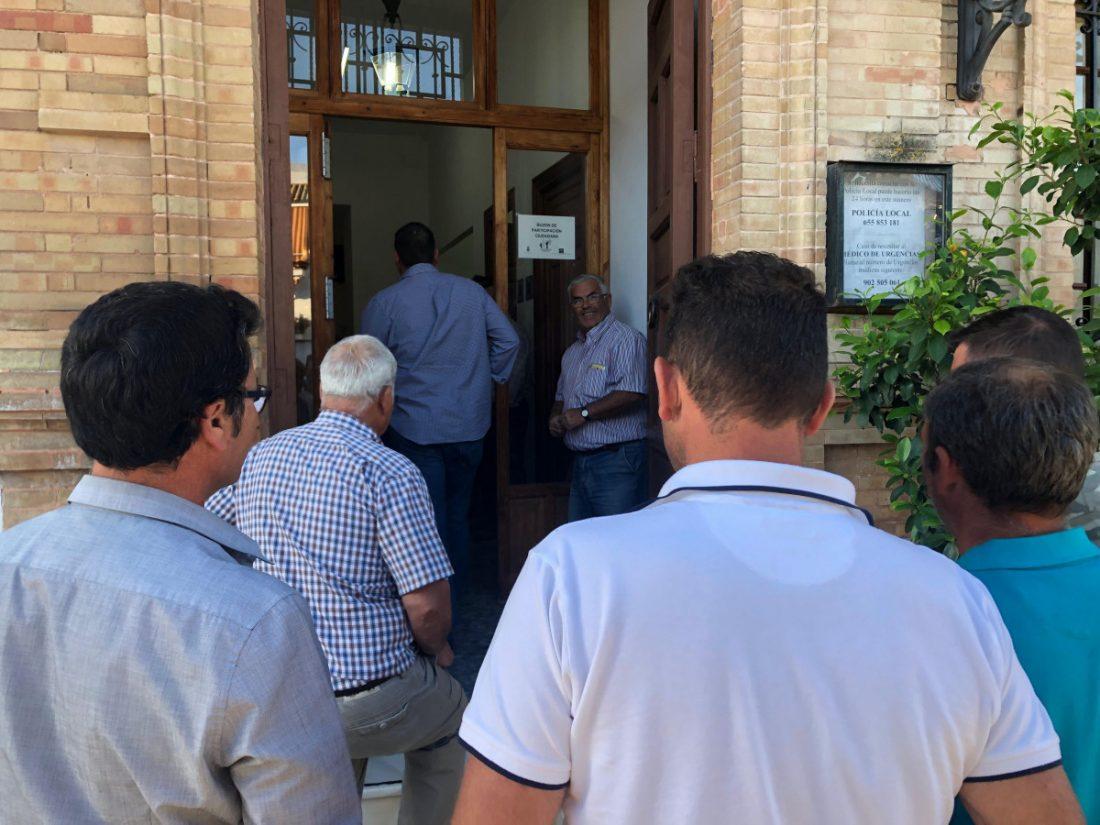 AionSur Paradas-trasvase-denuncia El informe técnico sobre el presunto trasvase de Paradas pasa a Junta de Gobierno la próxima semana Sin categoría