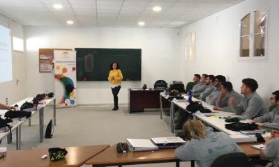 AionSur empleo-Arahal-400x240 El alumnado de la Escuela Taller de Arahal participa en una jornada sobre empleabilidad Arahal Formación y Empleo