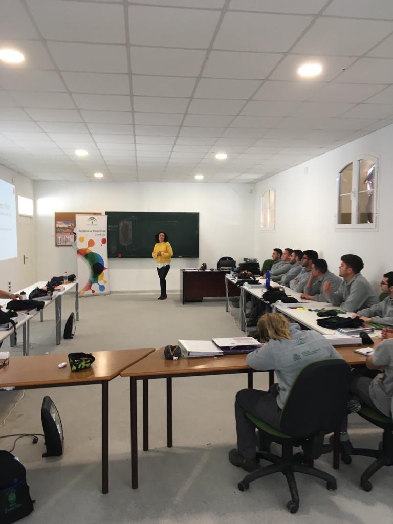 AionSur empleo-Arahal El alumnado de la Escuela Taller de Arahal participa en una jornada sobre empleabilidad Arahal Formación y Empleo